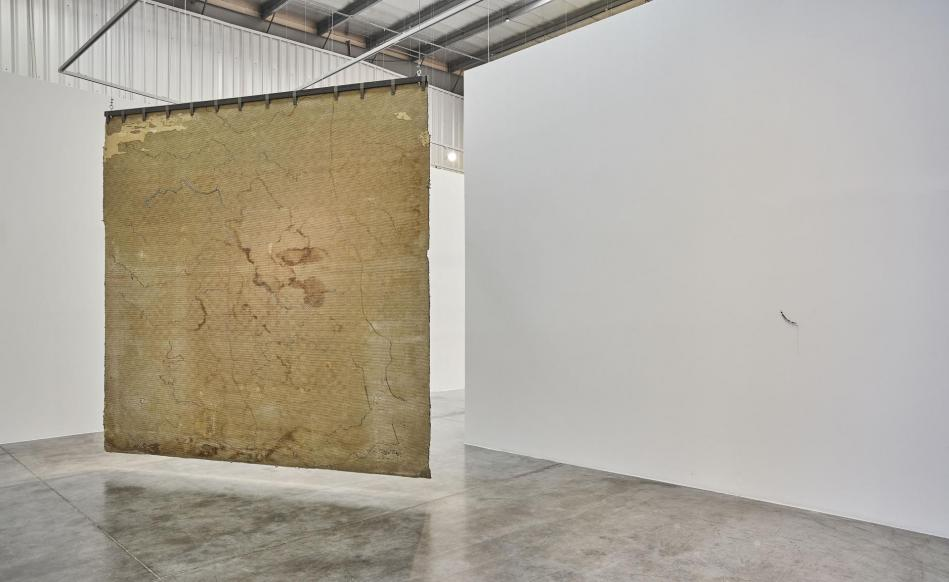 3 ste phanie saade the encounter of the first and last particles of dust grey noise gallery dubai